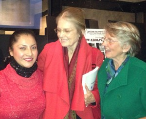 NY Abolitionist Gloria Steinem (center)